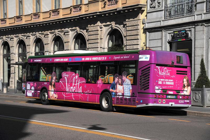 Disney lancio serie Violetta Hero Comunicazione Bus